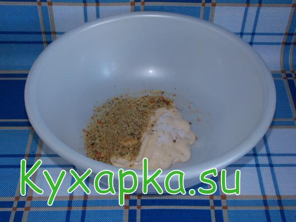 Курица: запеченная в рукаве с картофелем