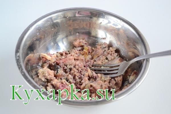 Салат из сардин с горошком