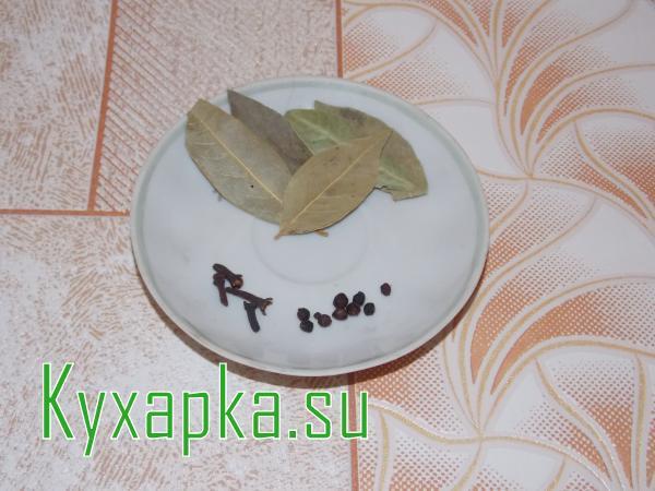 Маринованная капуста с чесноком