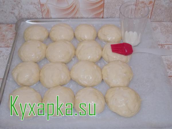 Дрожжевые творожные булочки