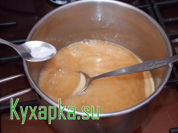Как готовить домашнюю вареную сгущенку