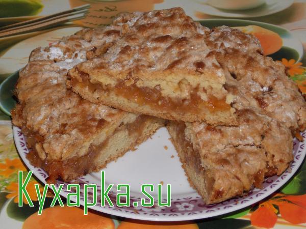 Тертый пирог с начинкой