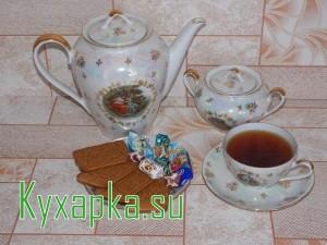 Ароматный чай с яблоками и корицей