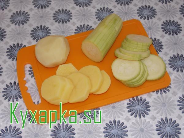 Запеканка из кабачков с овощами
