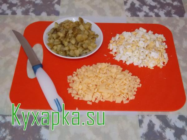 Салат из кальмара с фасолью