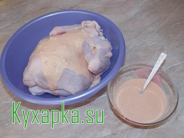Курица на новый год: фаршированная рисом и курагой